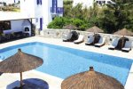 Anemos Apartments & Studios - Mykonos Rooms & Apartments that provide room service